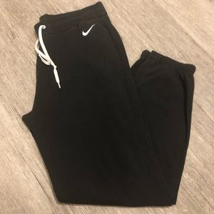 Nike sweatpants joggers black inseam 30 inches